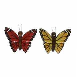 2x houten magneten vlinders rood geel