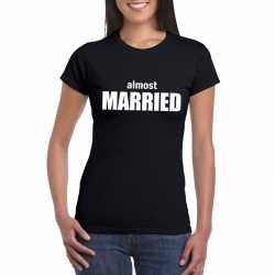 Almost married tekst t shirt zwart dames