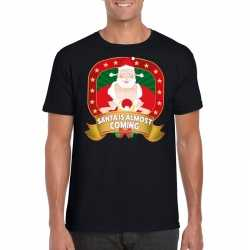 Foute kerst t shirt santa is almost coming heren