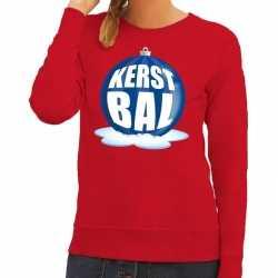 Foute kersttrui kerstbal blauw op rode sweater dames