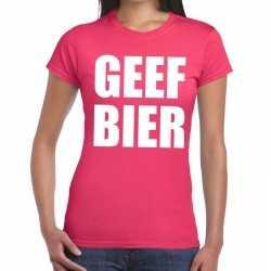 Geef bier tekst t shirt roze dames
