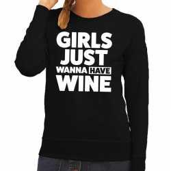 Girls just wanna have fun tekst sweater zwart dames