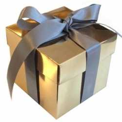 Goud cadeaudoosje 10 zilveren strik