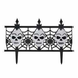 Halloween decoratie hekje schedels