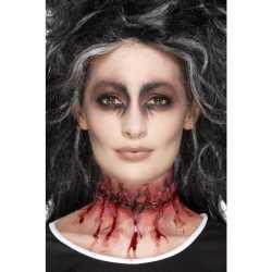 Halloween latex gehechte nepwond in de nek