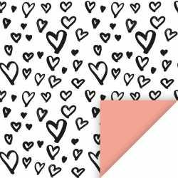 Inpakpapier/cadeaupapier hartjes 200 bij 70 wit/zwart/roze