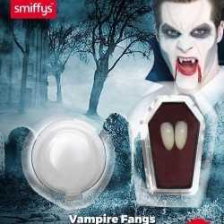 Vampier hoektanden kleefpasta