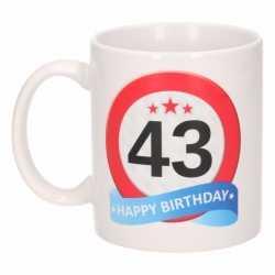 Verjaardag 43 jaar verkeersbord mok / beker