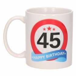 Verjaardag 45 jaar verkeersbord mok / beker