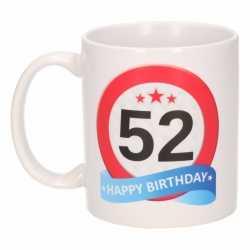 Verjaardag 52 jaar verkeersbord mok / beker