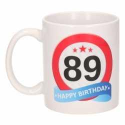 Verjaardag 89 jaar verkeersbord mok / beker