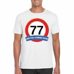 Verkeersbord 77 jaar t shirt wit heren