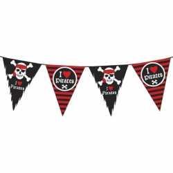 Vlaggenlijn piraten zwart rood