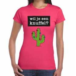 Wil je een knuffel tekst t shirt roze dames