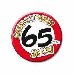 XXL verjaardags button 65 jaar
