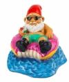 Tuinkabouter op donut zwemband 15