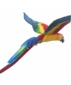 Vliegende knuffel papegaai gekleurd 56