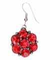 Zilveren oorbellen rode steentjes chunk
