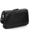 Zwarte schoudertas voorvak